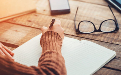 The Power Of Writing Down Your Goals (+ How Often You Should Be Doing It)